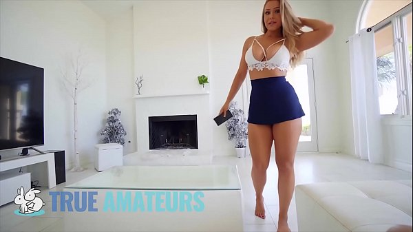 Hot blonde babe (Chelsea Vegas) bouncing her bubble – butt on bigdick – TrueAmateurs